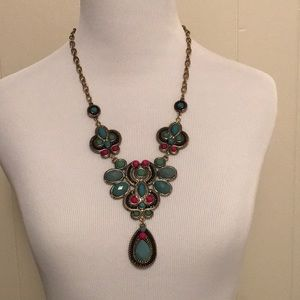 Jewelry - Fashion Statement Necklace